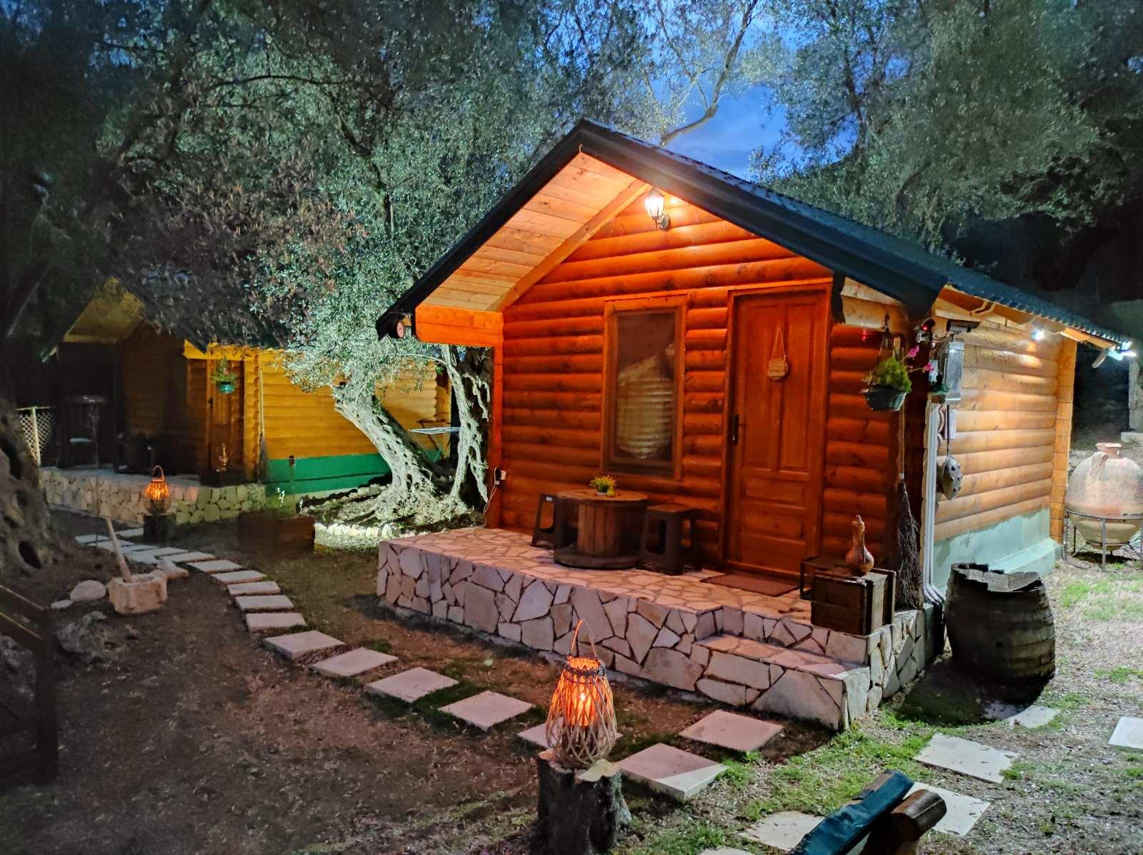 cottage olive garden ulcinj